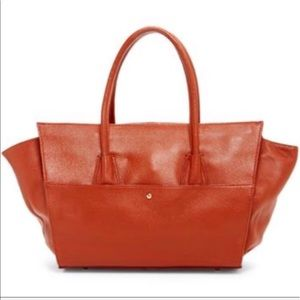 Stunning Leather Sizable Satchel